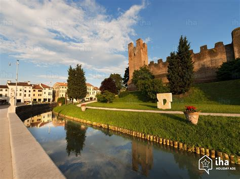 Castelfranco Veneto rentals for your vacations with IHA direct