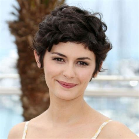 pixie cuts with a little wave curly pixie cut cute hair pinterest curly hair