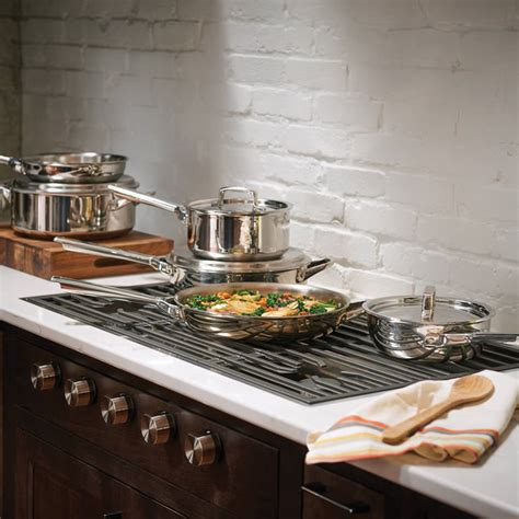 nordic kitchens u0026 baths inc carries a complete line of appliances cabinets countertops faucets and fixtures to add a touch of elegance to your luxury appliances custom kitchen bath design services