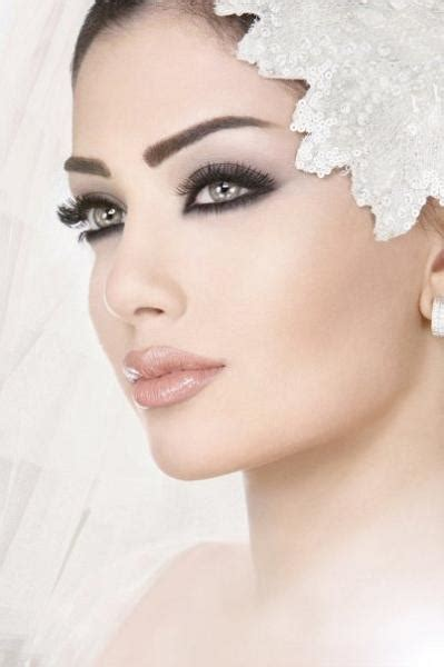beautiful bridal makeup bold beautiful yet elegant bridal makeup