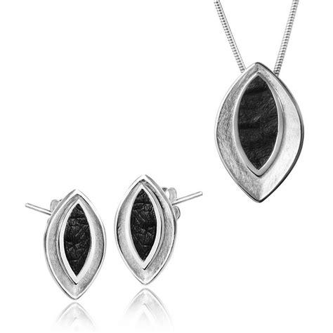 Schmuckset Silber by Materia Silber 925 Set Anh 228 Nger Ohrh 228 Nger Perlmutt Markasit
