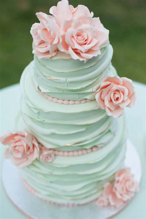 Vanity Case Cake Best 25 Elegant Cakes Ideas On Pinterest Floral Cake