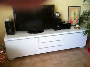 meuble tv bas blanc laque ikea