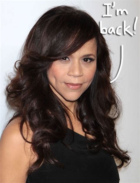 is rosie perez wearing a wig rosie perez is returning to the view get her comeback