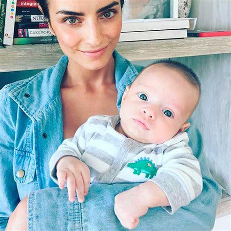 imagenes hola sobrina aislinn derbez entrena para ser mam 225 con su sobrino