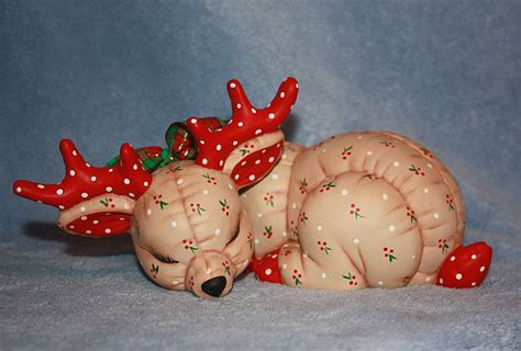 imagenes de santa claus trackid sp 006 handpainted ceramic christmas reindeer by flutterbyconnections