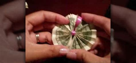 Origami Out Of Money - how to origami money to make a hawaiian money