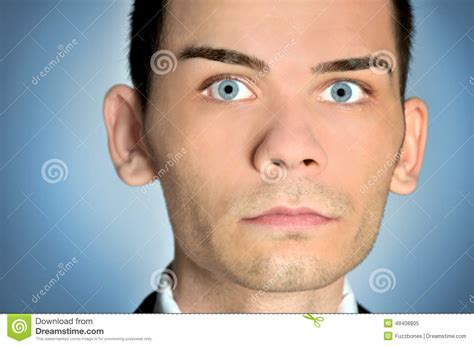 bold man with big eres plan rapproch 233 d homme d yeux bleus photo stock image