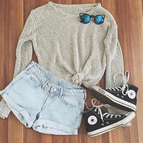 Sweater Converse Sweater Converse Murah Converse Black Grey sweater grey converse black shorts acid wash