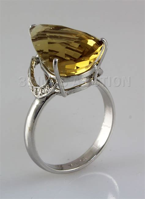 28 35ct big yellow topaz silver ring