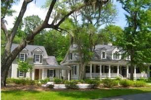 plantation style homes for sale best 25 plantation style homes ideas on pinterest