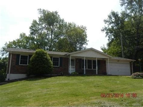 1214 sandstone dr louis missouri 63146 foreclosed