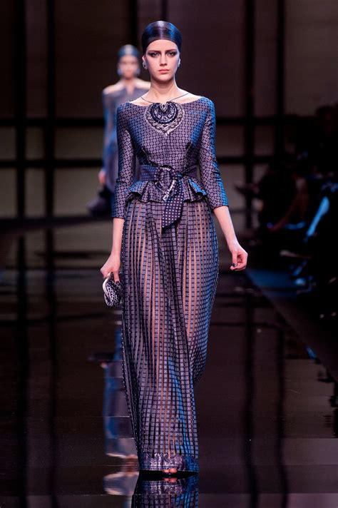 Armani Brings Haute Couture To Masses by Giorgio Armani Priv 233 Haute Couture 2014 Armani
