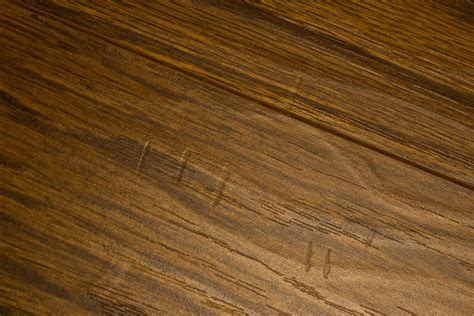 Handscraped Laminate Flooring Facts About Handscraped Laminate Floors
