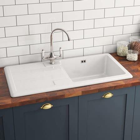 ceramic kitchen sinks butler rose 1 bowl white ceramic kitchen sink waste