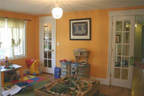 daycare dining room eat in living room home staging
