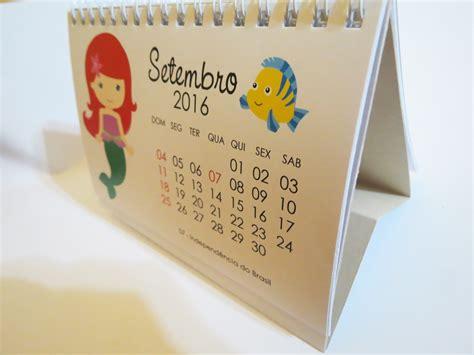 Calendario De Mesa Calend 225 De Mesa 2017 Princesas L 233 A Foto E Arte Elo7