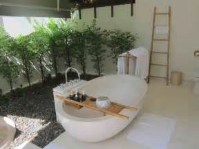 Outdoor bathroom with bamboo plant and mosaic wall outdoor bathroom