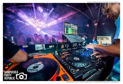 pontoon phnom penh dress code phnom penh best bars night clubs nightlife cambodia