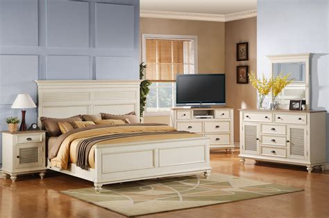 riverside coventry bedroom furniture riverside furniture coventry two tone california king