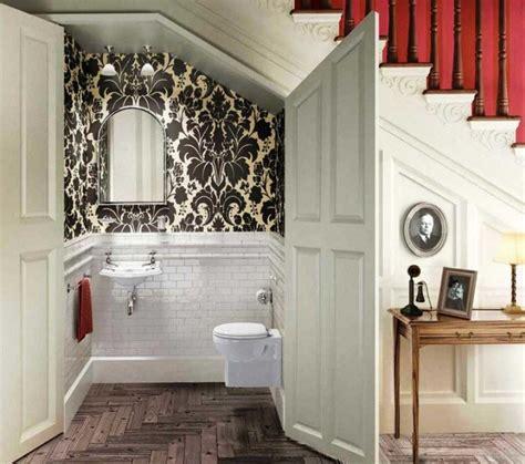 desain kamar mandi minimalis bawah tangga desain kamar mandi bawah tangga minimalis keren dan nyaman