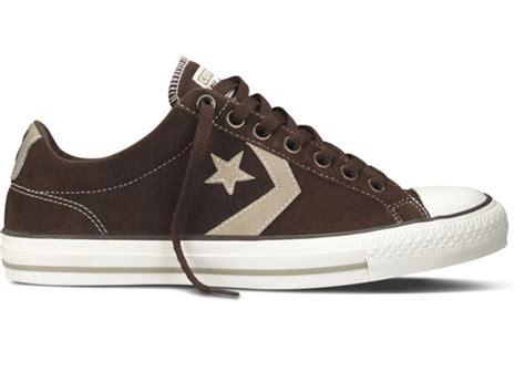 Sepatu Pria Kasual Suede Choco Sneakers converse player chevron ev ox lo suede trainer shoe chocolate brown adaptor clothing