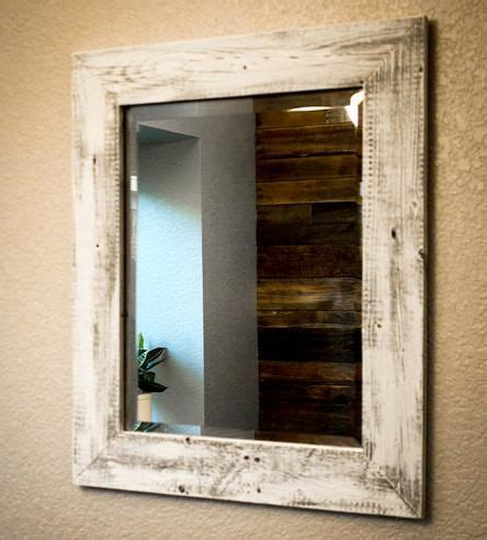 reclaimed wood bathroom mirror 25 best ideas about pallet mirror on pinterest rustic mirrors bathroom mirrors and pallet