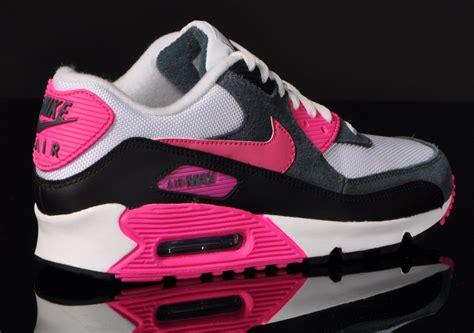 Nike Air Max 90 Essential Damen by Nike Air Max Essential 90 Pink Paquet Boogie De