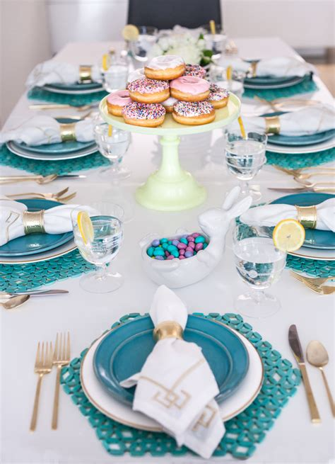 table setting for lunch turquoise and white easter lunch table setting