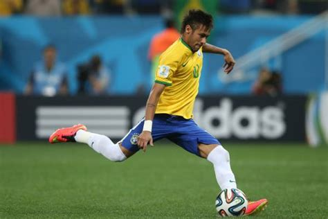 Soccer Players Images