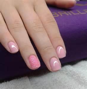 plain color nails plain and pretty nails plain and simple