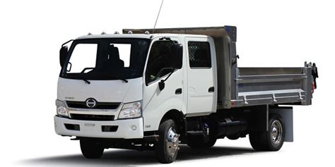 toyota commercial vehicles usa toyota s largest heaviest hybrid hino 195h truck