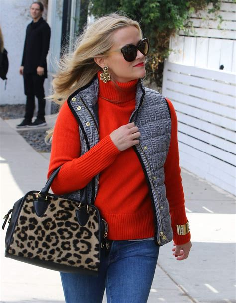 Spotted Shopping Cameron Reese And More reese witherspoon spotted shopping for the holidays in