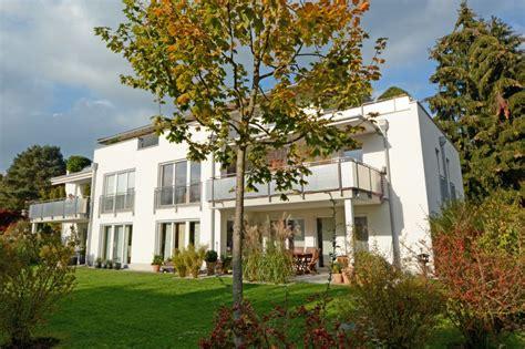 stadtvilla kaufen moderne stadtvilla mit penthouse wohnung