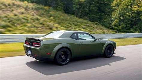 2019 Dodge Challenger Hellcat by 2019 Dodge Challenger Srt Hellcat Wallpapers Hd Images