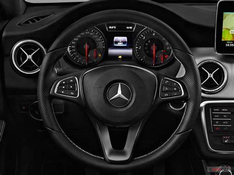 Porte Clé Voiture by Mercedes Classe Neuf Inspiration 200 D 4 Portes