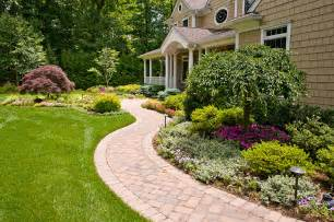 dos and don ts of front yard landscape - Front Yard Landscapes