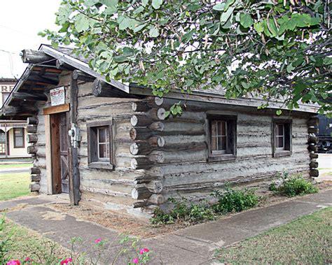 Log Cabins Oklahoma by El Reno Ok Log Cabin Photo Picture Image