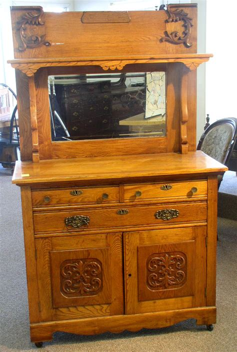 furniture auctions quality antique furniture vintage quilts collectibles auction wall auctioneers