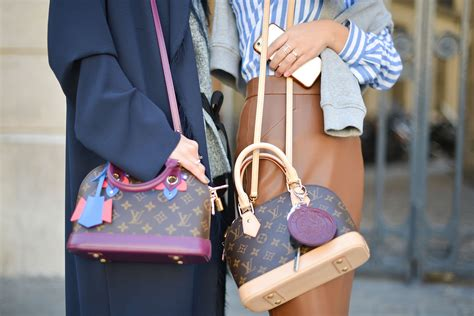 Bag Tas Louis Vuitton Cluny Mm 2 louis vuitton just released its most expensive handbag