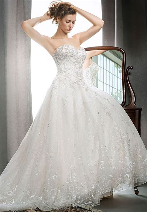 Wedding Dresses Pics by Wedding Dresses