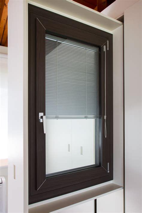 finestra interna uni one la finestra contemporanea silvestri serramenti