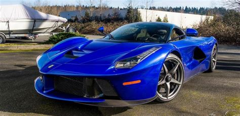 Electric Blue New electric blue laferrari photographed in washington