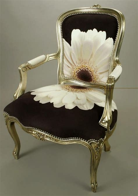 victorian fainting sofa 25 best ideas about fainting couch on pinterest