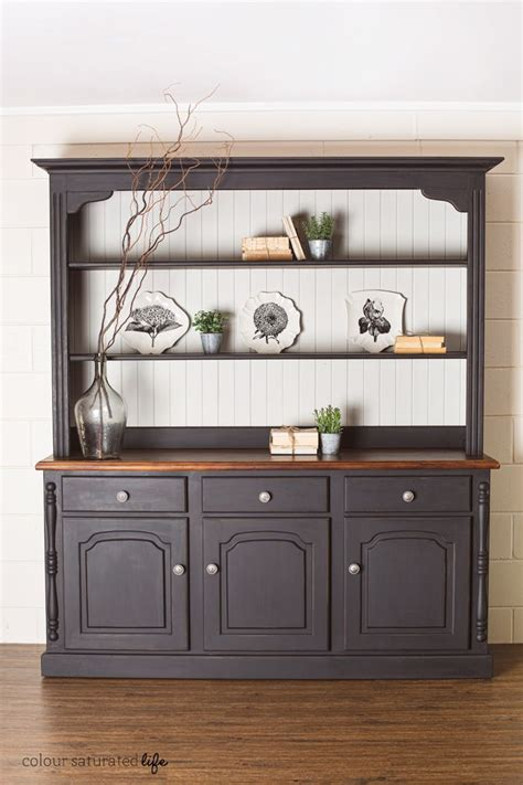 Best 25  Painted china hutch ideas on Pinterest   Painted hutch, Hutch makeover and China