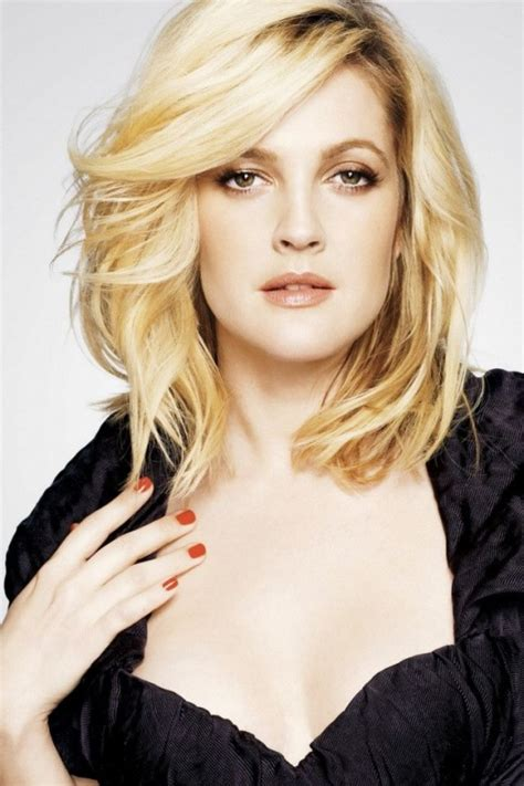 Drew Barrymoores Hair by Top 17 Drew Barrymore Hairstyles Haircuts Only For You