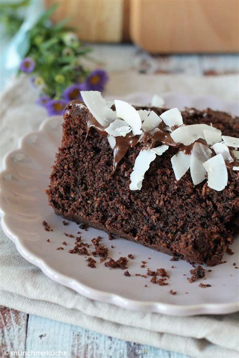 kuchen mit schokolade und kokos schokoladenkuchen mit kokoschips m 252 nchner k 252 che
