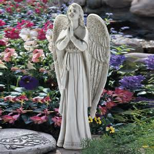 Garden Accents And Statues Shop Design Toscano Guidance Praying 33 In
