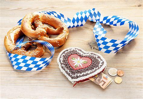 Kostenlose Vorlage Oktoberfest Gratis Anleitung Fuchs Fredy Mit Herbstdeko Stricken H 228 Keln Buttinette