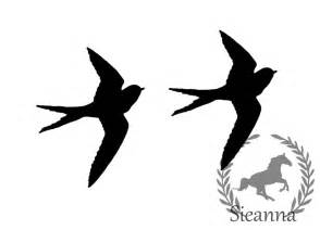 Flying Blackbird Outline by Best Photos Of Easy Black And White Bird Clip Bird Outline Clip Black And White Black